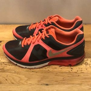 Women's Nike Air Max Excellente+ Size 9.5